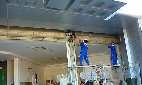 Công ty dịch vụ chuyên sửa chữa cửa cuốn tấm liền An Phú – Thuận An
